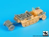 T72080 1/72 Sd.Kfz 10 with Sd.Ah.32 accessories set Blackdog