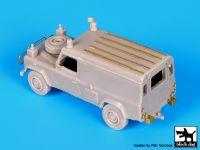 T72081 1/72 Land Rover 110 Defender complete kit Blackdog