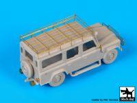 T72088 1/72 Land Rover110 Blackdog