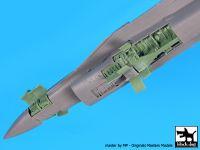 A72065 1/72 F-16 C electronics Blackdog