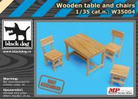 W35004 1/35 Wooden table and chairs