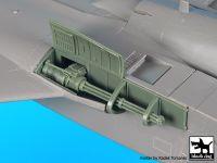 A48094 1/48 F-15 B/D canon Blackdog