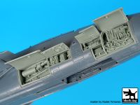 A48099 1/48 F-14 D right electronics Blackdog