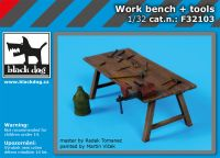 F32103 1/32 Work bench + tools