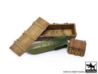 F32104 1/32 WW II Luftwaffe bomb SC 250 + crate box N°1 Blackdog