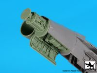A48109 1/48 F 18 C radar+canon Blackdog