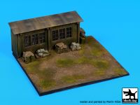 D72063 1/72 Airfield base Blackdog