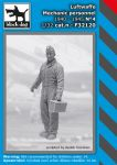 F32120 1/32 Luftwaffe mechanic personnel N°4 Blackdog