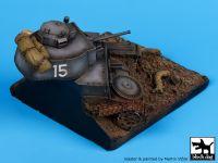 D35007 1/35 Destroyed Pz.Kpfw 38 base Blackdog