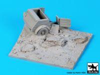 D35053 1/35 Destroyed Kubelwagen base Blackdog