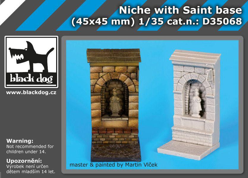 D35068 1/35 Niche with Saint base Blackdog
