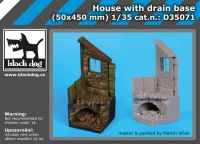 D35071 1/35 Housewith drain base