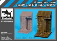 D35073 1/35 House door base