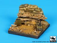 D35093 1/35 Sandbags base Blackdog