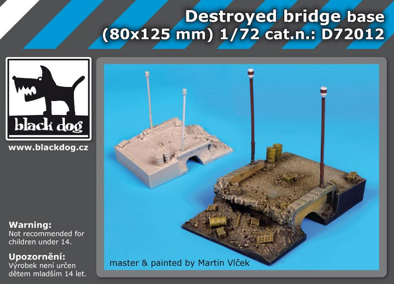 D72012 1/72 Destroyed bridge base Blackdog