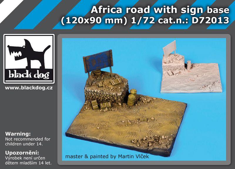 D72013 1/72 Africa road with sign base Blackdog