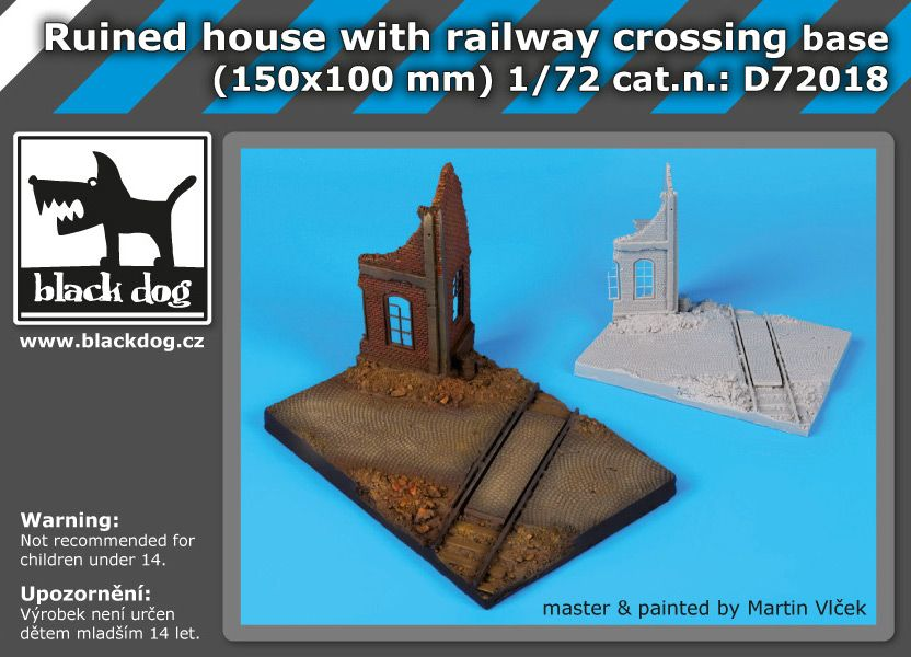 D72018 1/72 Ruined house with railway crossing base Blackdog