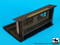 D72030 1/72 Railway station base Blackdog