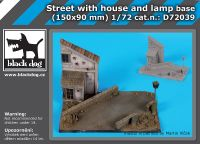 D72039 1/72 Street with house and lamp base