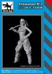 F32038 1/32 Firewoman N°2