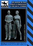 F35041 1/35 US woman +man soldiers inAfghanistan Blackdog