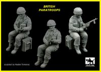 F35098 1/35 British paratrooper Blackdog