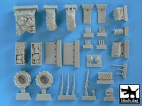 T35013 1/35 Pattern 1920/sand tyres Blackdog