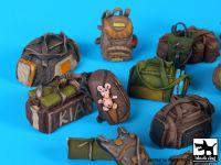 T35170 1/35 Civilian backpacks accessories set Blackdog