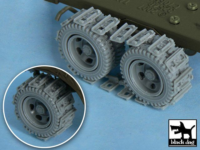 T48049 1/48 US 2 1/2 ton Cargo Truck Traction devices Blackdog